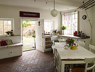 Villa rose kitchen