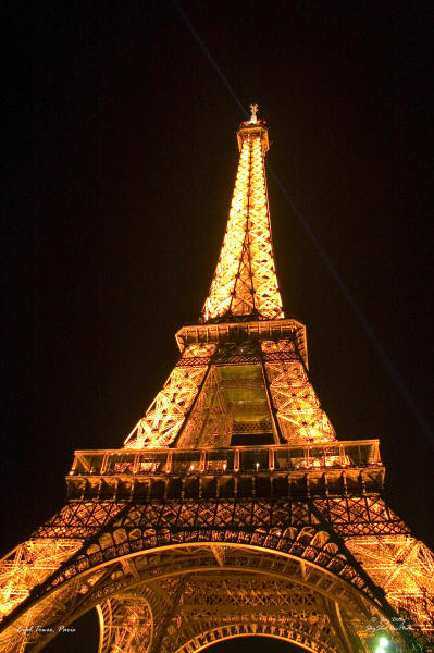 EifelTower-1218