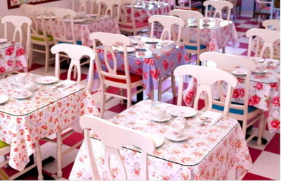 Crown and Crumpet tables