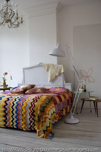 Taverne agency city house crochet