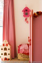 Pink_cuckoo_clock