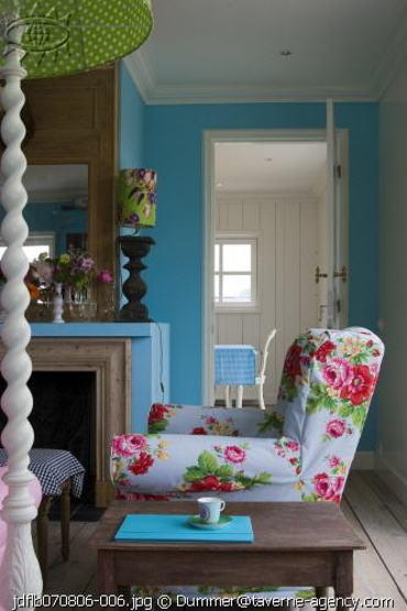 Floral_chair