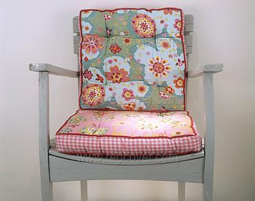 Pretty_cushions